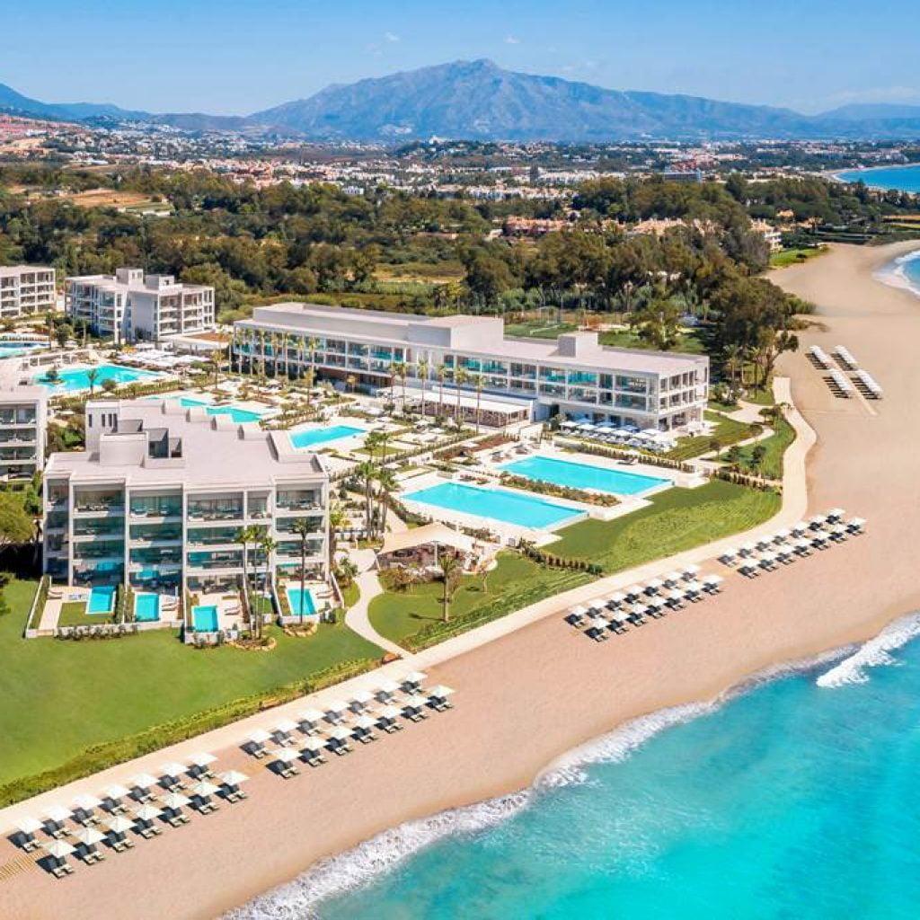 agp 80542 ikos andalusia 1220 11 Горещият списък на 2021 година: Петте най-чакани хотелски проекти в Европа