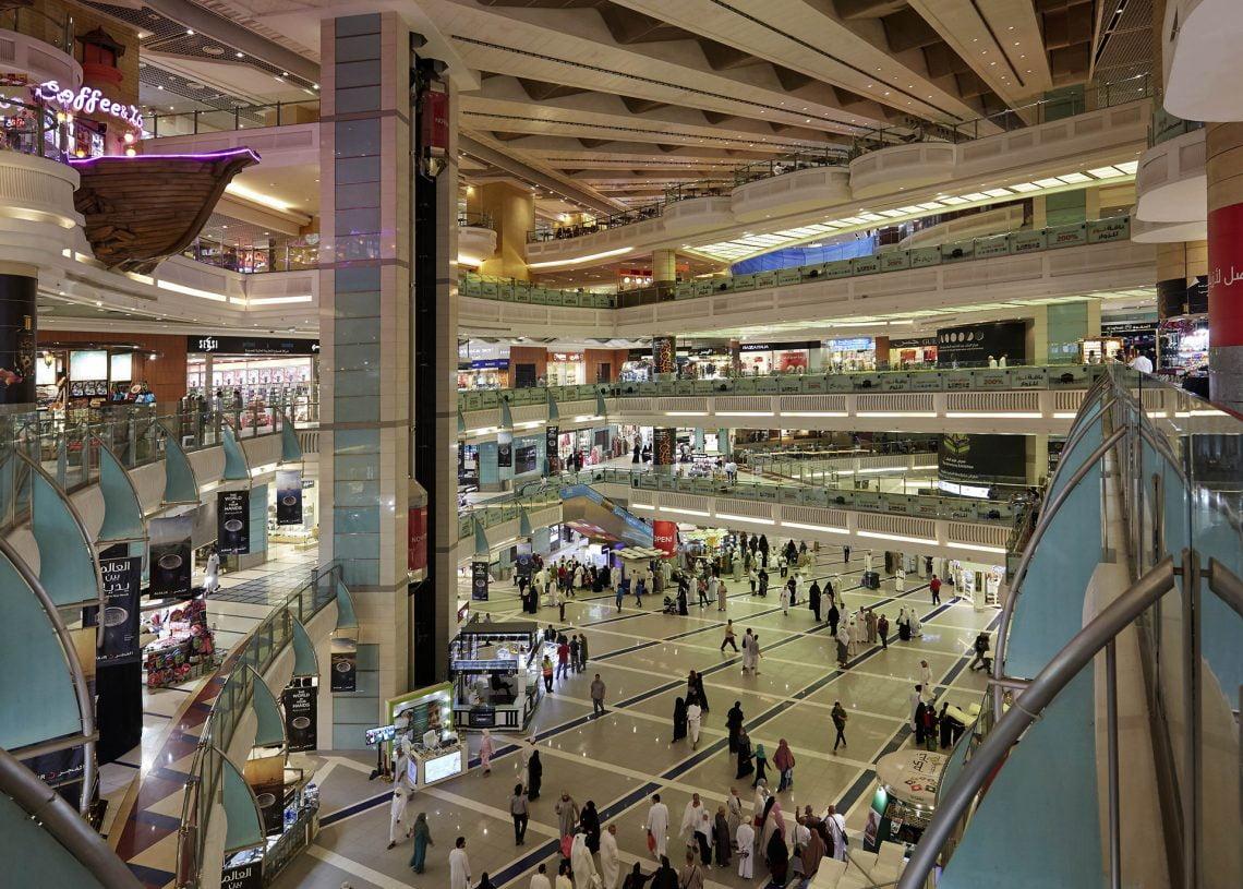 001 abraj al bait mall Топ 5 на най-големите хотелски комплекси в света по брой стаи