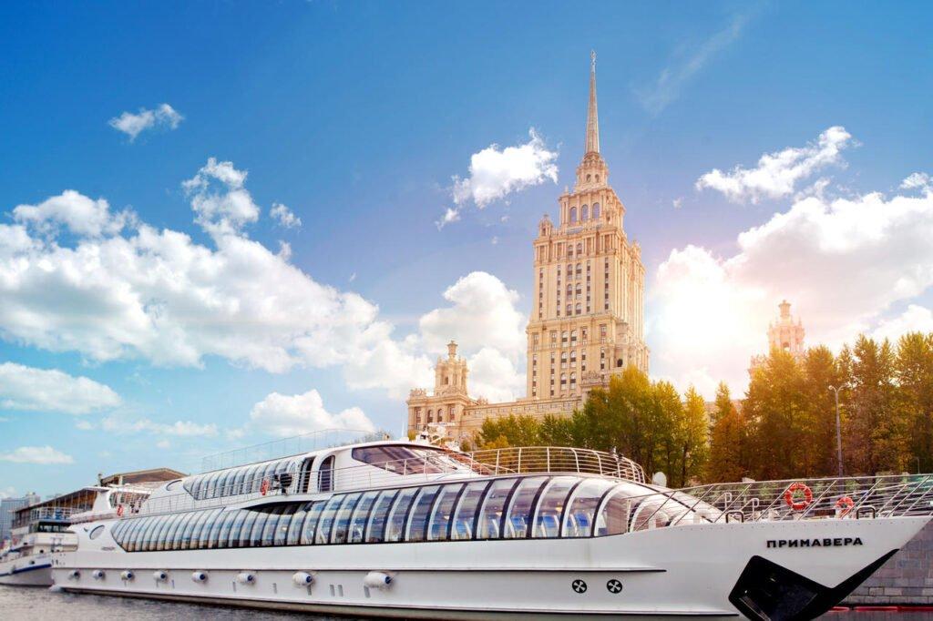 19966247 Хотелиери без граници: Представяме ви Станислав Кондов от Radisson Collection Hotel, Москва
