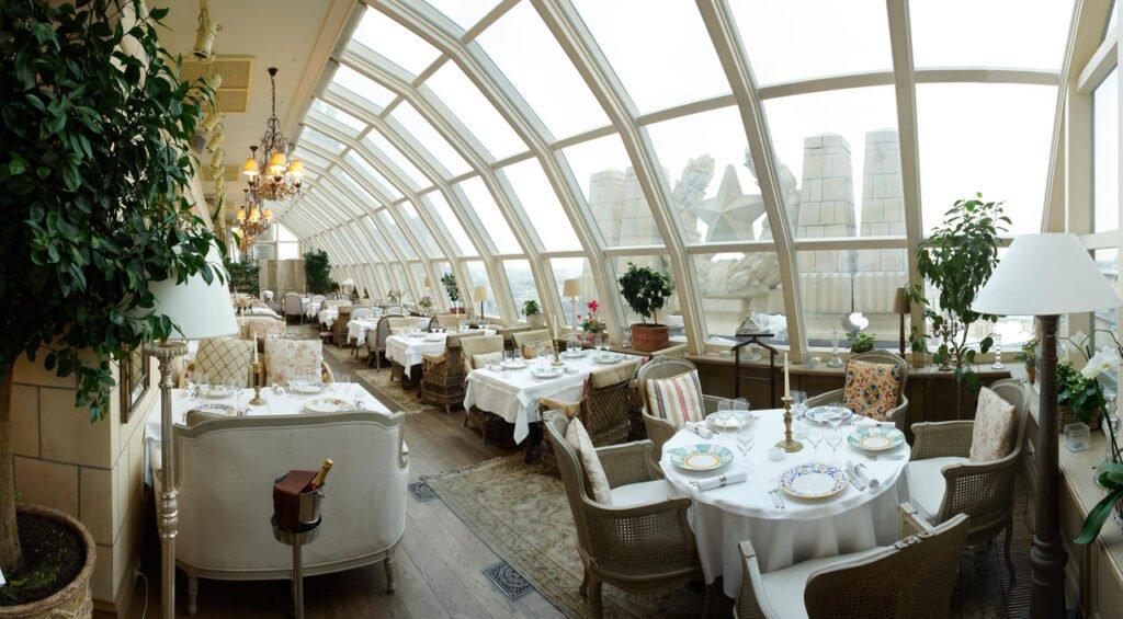 20219342 Хотелиери без граници: Представяме ви Станислав Кондов от Radisson Collection Hotel, Москва