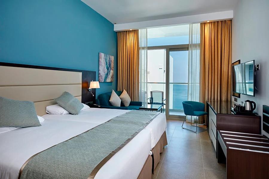 ezgif.com gif maker 1 1 Собственикът на RIU Hotels: Половината от хотелите ни са вече отворени, проектите вървят по план