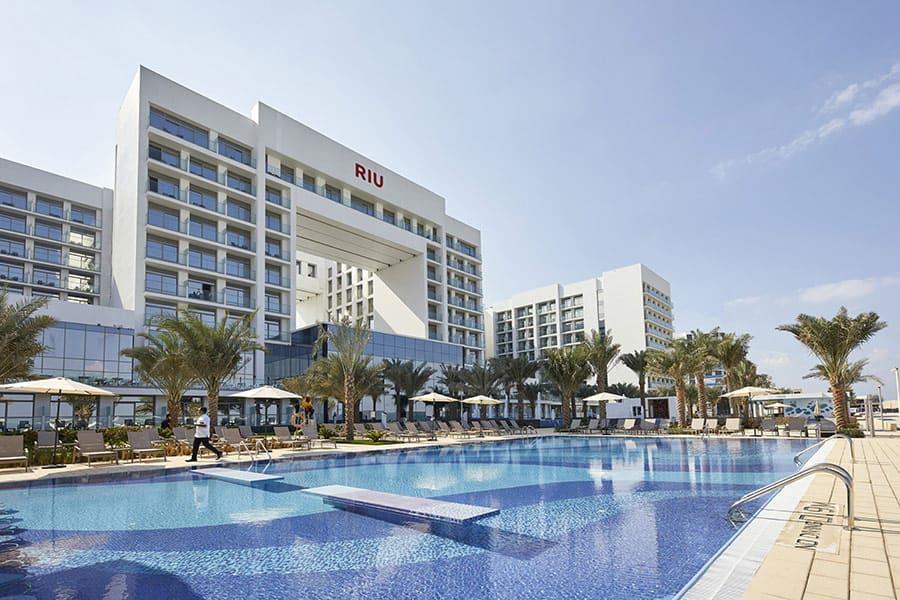 pool riu dubai 2 tcm55 246386 Собственикът на RIU Hotels: Половината от хотелите ни са вече отворени, проектите вървят по план
