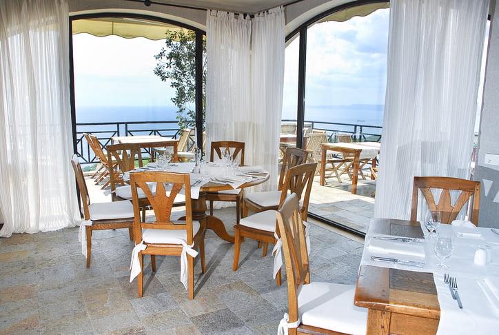 rsz clubhouse restaurant Hotel Weekly #8: Представяме ви BlackSeaRama Golf & Villas, Балчик