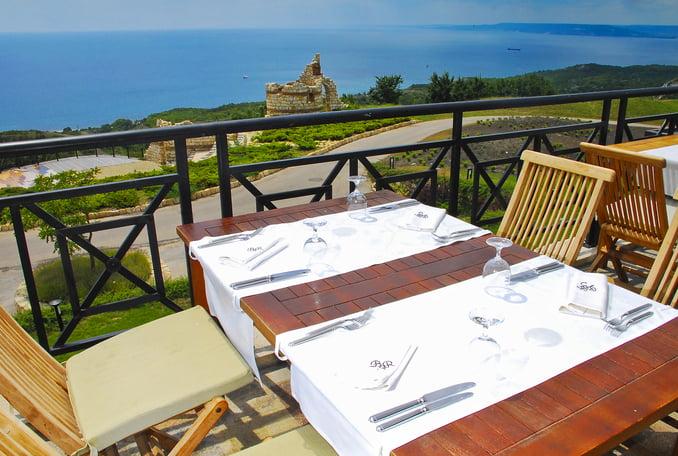 rsz clubhouse restaurant terrace Hotel Weekly #8: Представяме ви BlackSeaRama Golf & Villas, Балчик