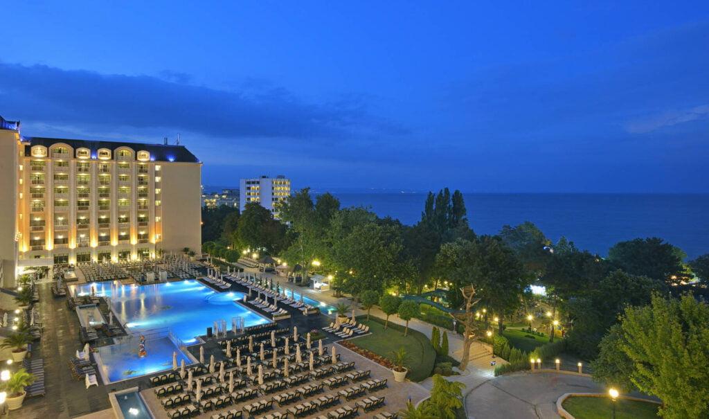 rsz melia grand hermitage exterior 4 Hotel Weekly #7: Представяме ви Meliá Grand Hermitage, Златни пясъци