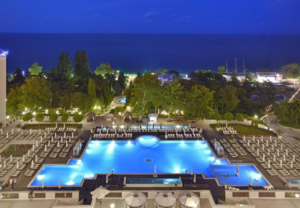 rsz melia grand hermitage exterior 5 Hotel Weekly #7: Представяме ви Meliá Grand Hermitage, Златни пясъци