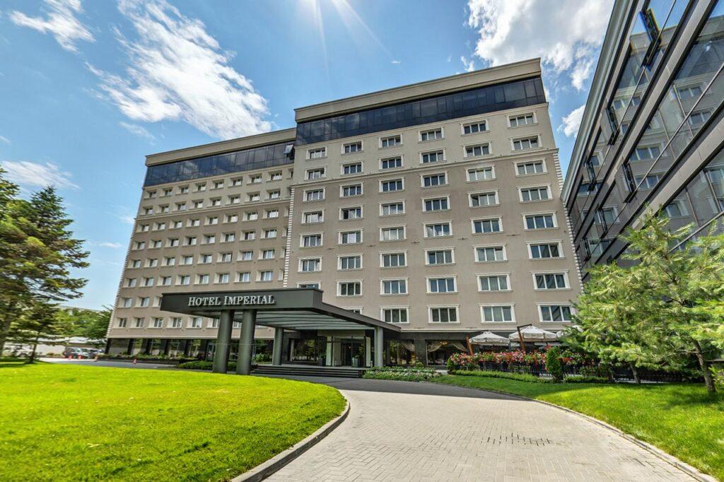 116585872 Radisson Hotels - Ренесанс на една от легендарните хотелски вериги