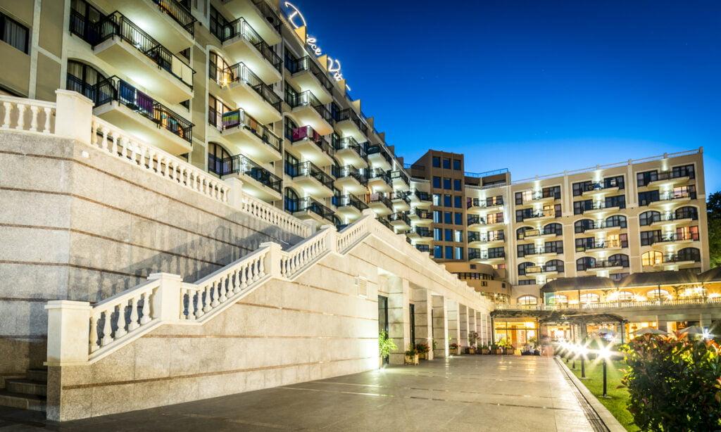 hotel garden 1 copy 25 Hotel Weekly #9: Представяме ви lti Dolce Vita Sunshine Resort, Златни пясъци