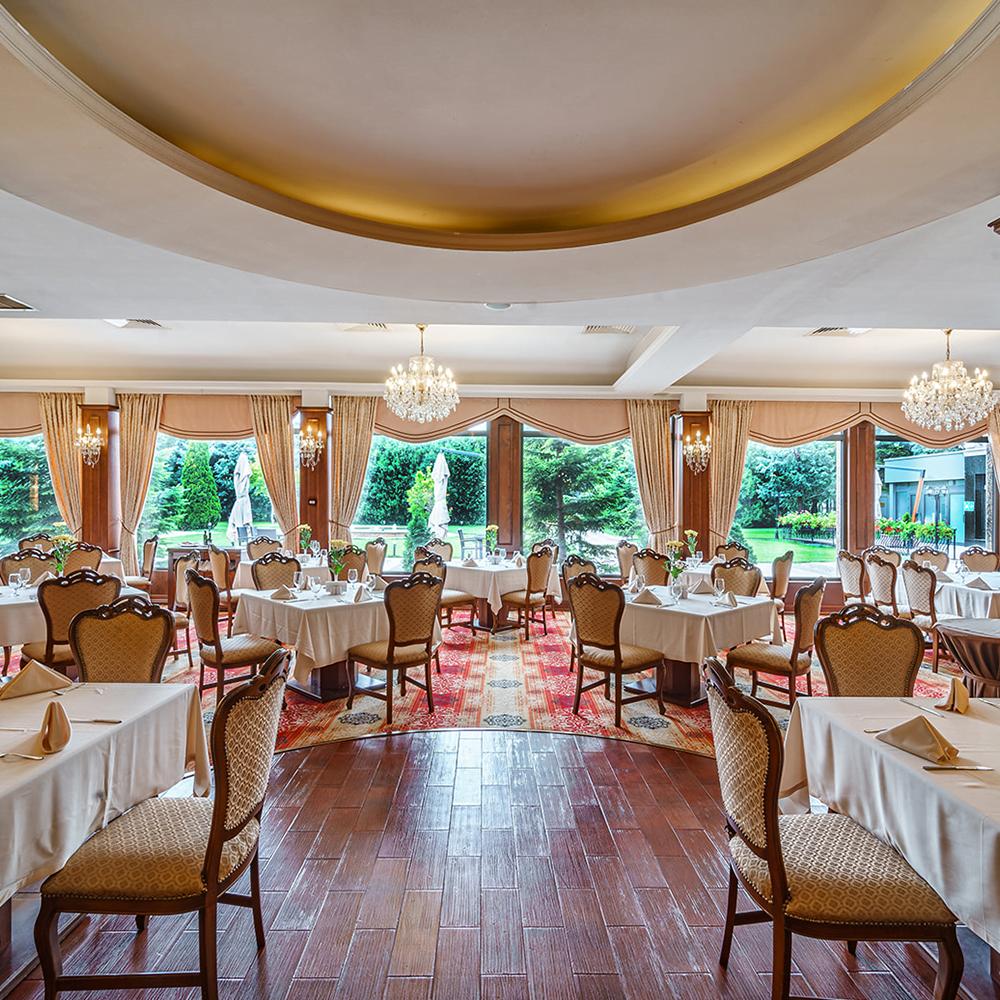 kristal10001000 hp Radisson Hotels - Ренесанс на една от легендарните хотелски вериги