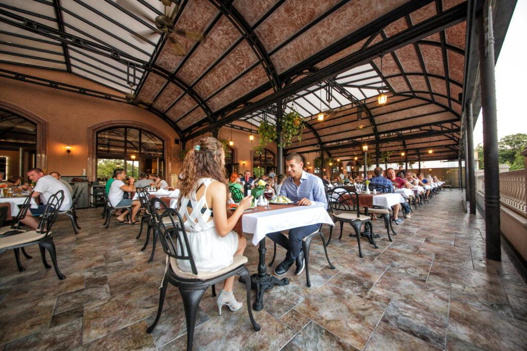 main restaurant 12 25 Hotel Weekly #9: Представяме ви lti Dolce Vita Sunshine Resort, Златни пясъци
