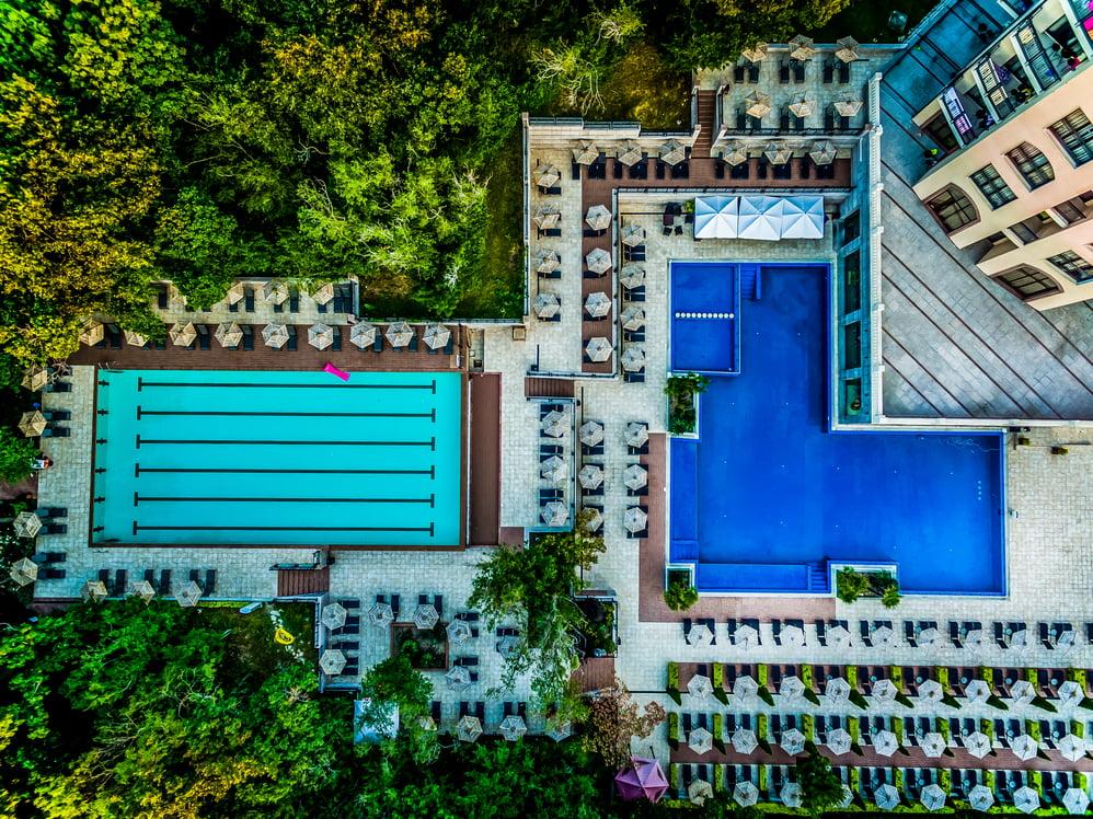 swimming pools 4 25 Hotel Weekly #9: Представяме ви lti Dolce Vita Sunshine Resort, Златни пясъци