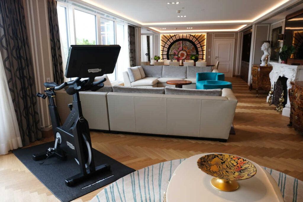 technogym bike kempinski Нова категория стаи в хотели Kempinski предлага комбинация от фитнес и почивка