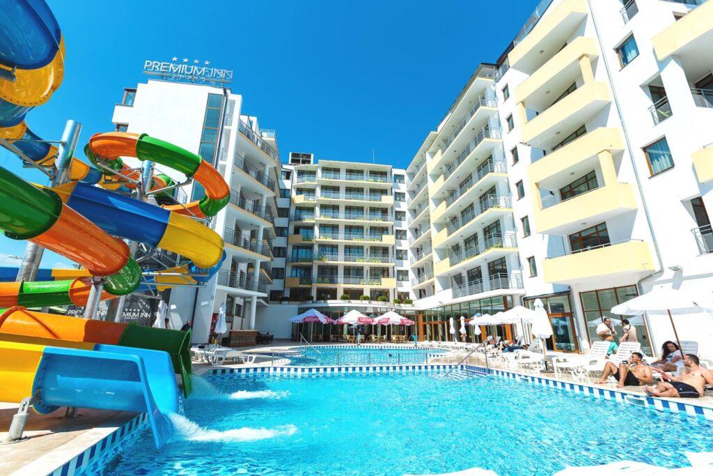 outdoor pool 1 copy Best Western Hotels отбелязват 75 години от основаването